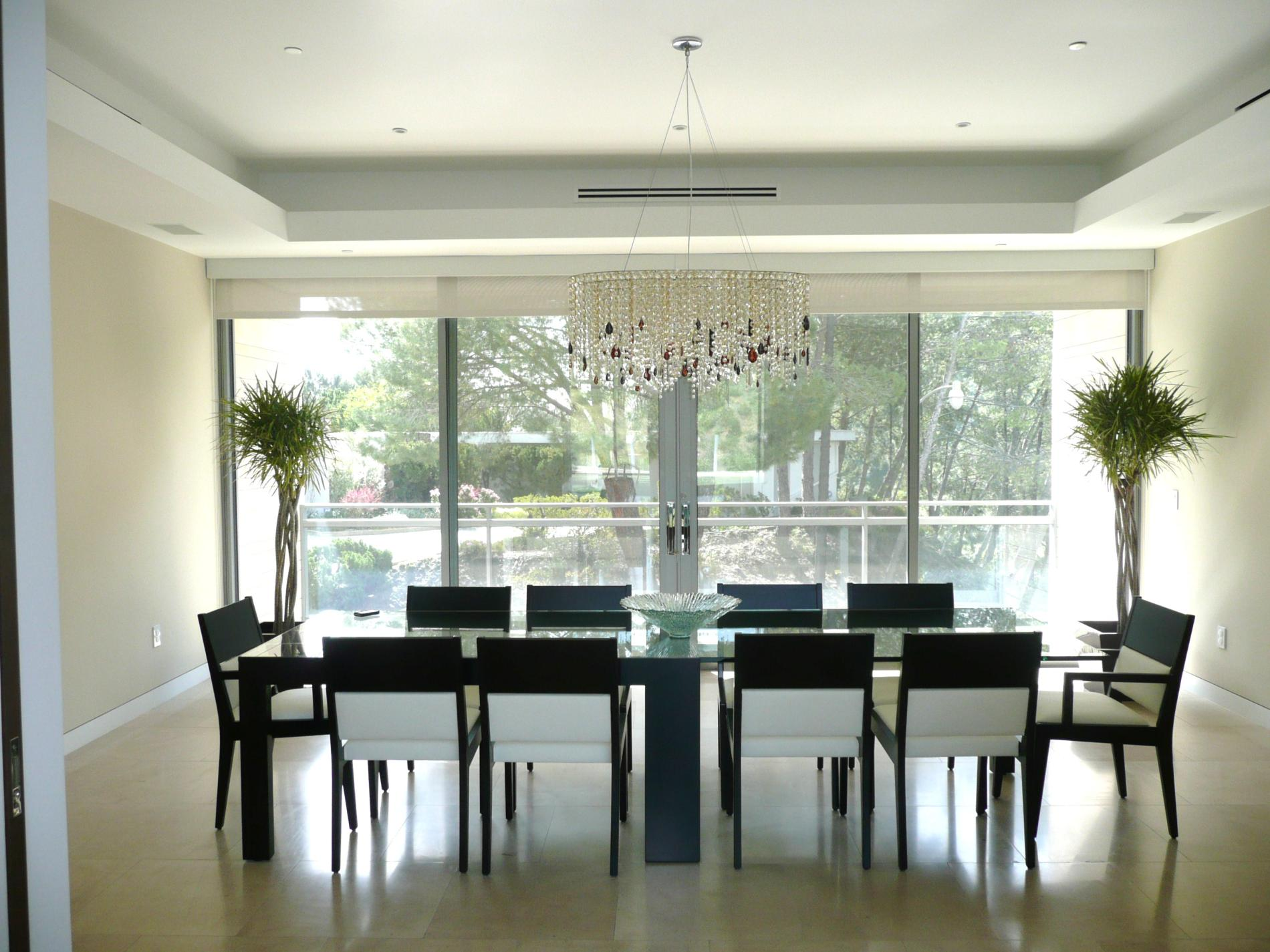 Staging your dining room when trying to sell property for Best modern dining rooms
